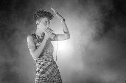 Música- Paula Valls en concert