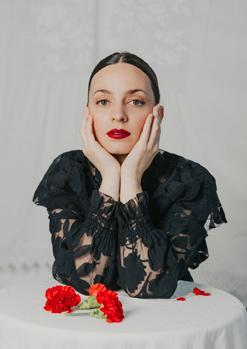 Carola Ortiz presenta Pecata Beata