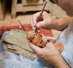 Taller de creación de figuras de pesebre a molde