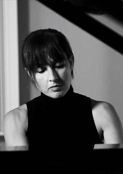 LAURA ANDRÉS, piano